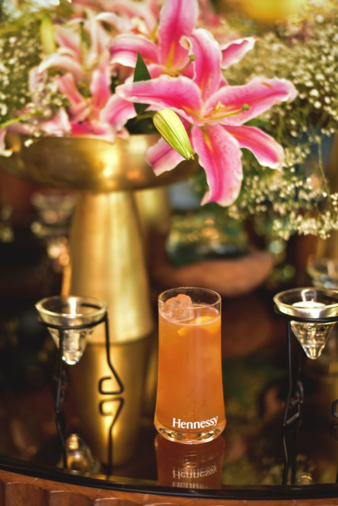 Hennessy Iced TeaStart with 45 ml of 'Hennessy Very Special' cognac. Other ingredients you would need are 15ml of Grand Marnier, 60 ml of Angostra Bitters, 30 ml of Simple Syrup, 15 ml of Lemon Juice and an Orange Twist for garnishing. Add all liquids into a shaker tin with ice and shake until well chilled. Strain into a Collins Glass over fresh ice and garnish with an Orange Twist.